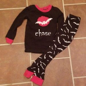 Size 6/7 chase bat pajama Halloween